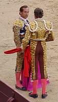 Jose Luis Moreno dedicando uno de sus toros a Frascuelo